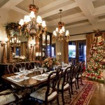 Christmas Decorations in Dining Room