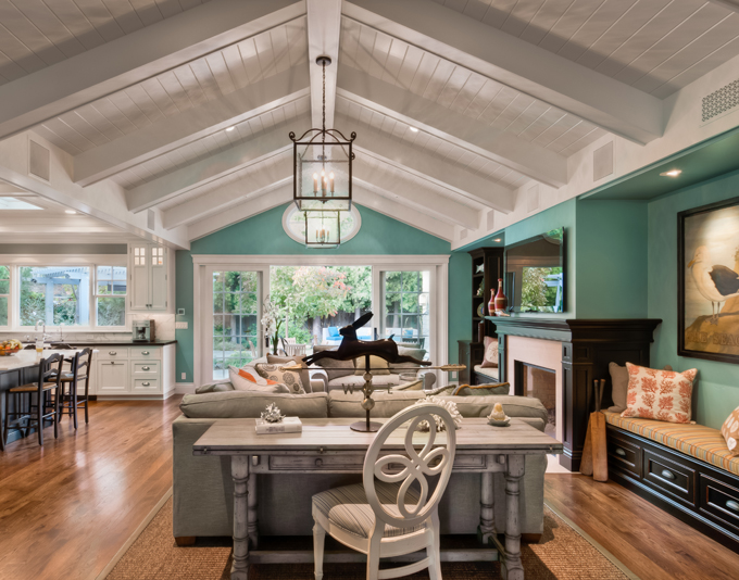 House of Turquoise: Living Room