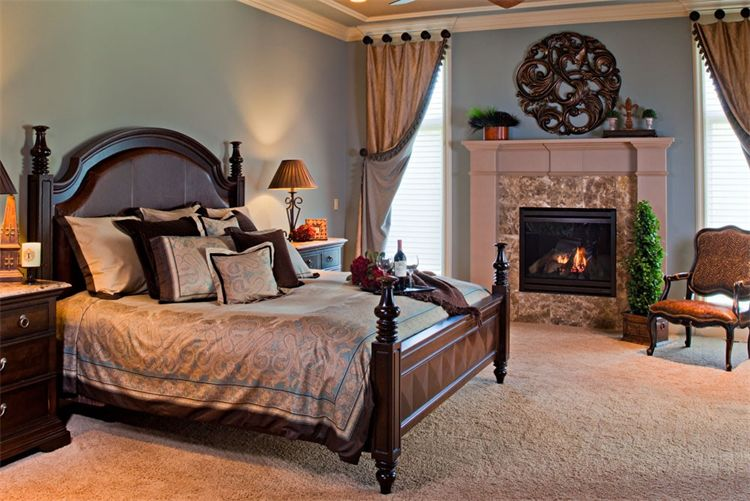 The Decorative Touch: The Master Bedroom
